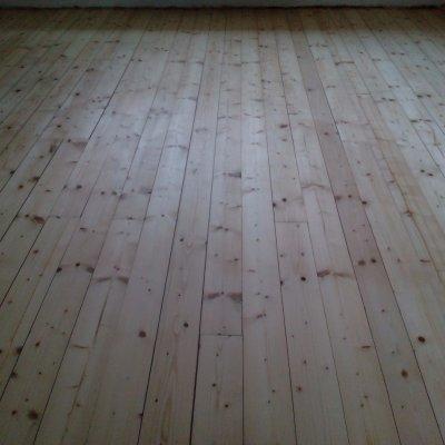 Byt Plzeň - renovace prkenné podlahy 70m2
