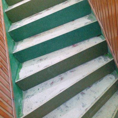 RD Dýšina - vinyl podesty+schody 50m2